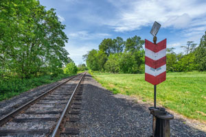 train-track-and-marker-featured-size